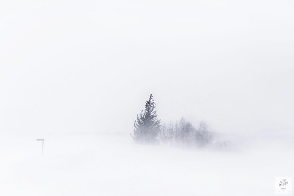 Storm in Iceland Elise Fournier travel Photographer